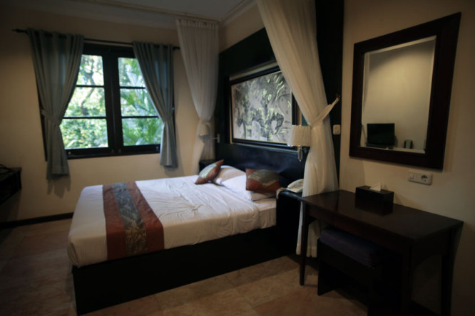 Anini Raka Resort and Spa. Sustainable Travel Tip: I utilized the natural light from my window in my hotel room.