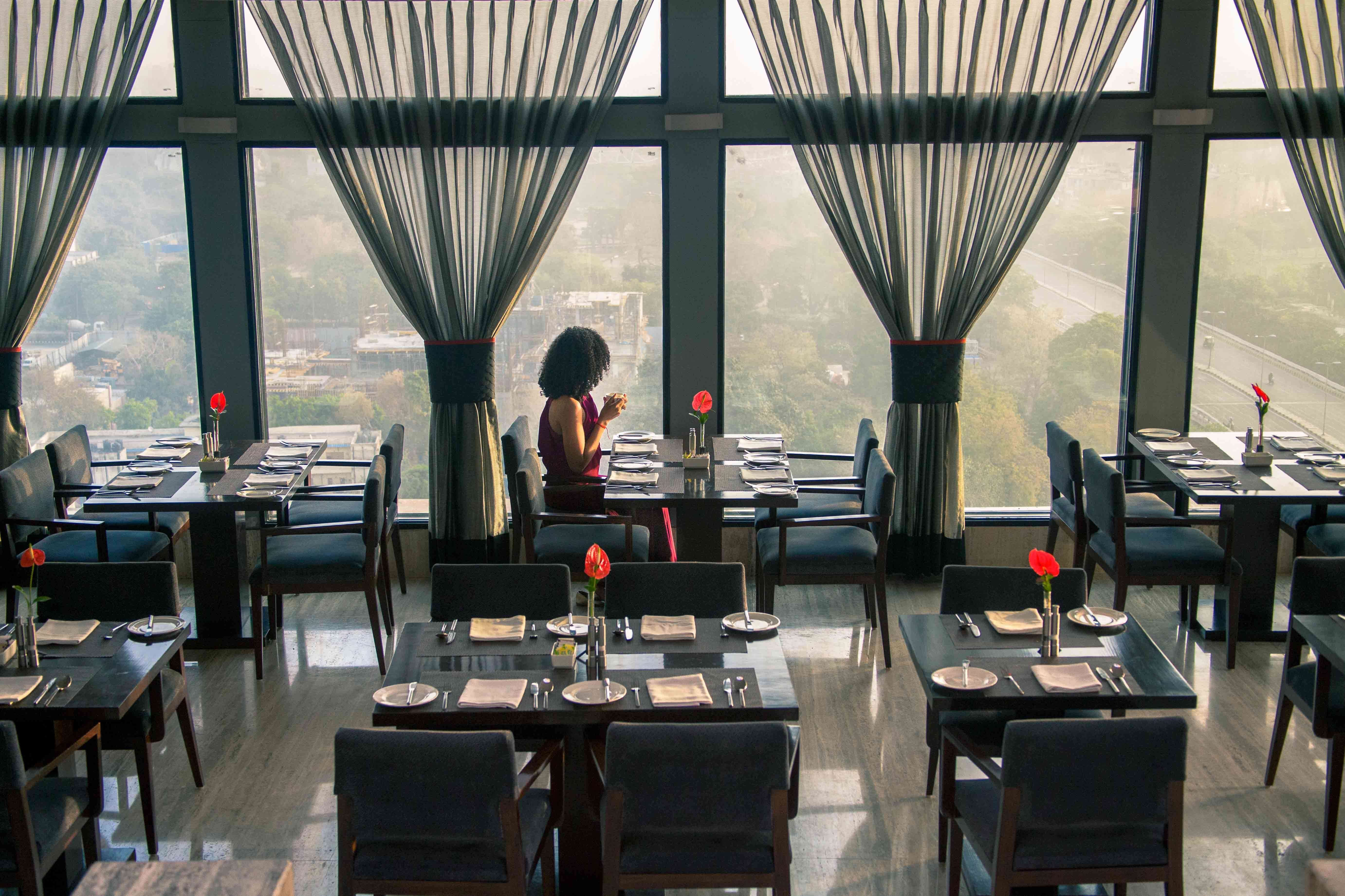 Luxury Hotel Review: The LaLiT Hotel New Delhi, India