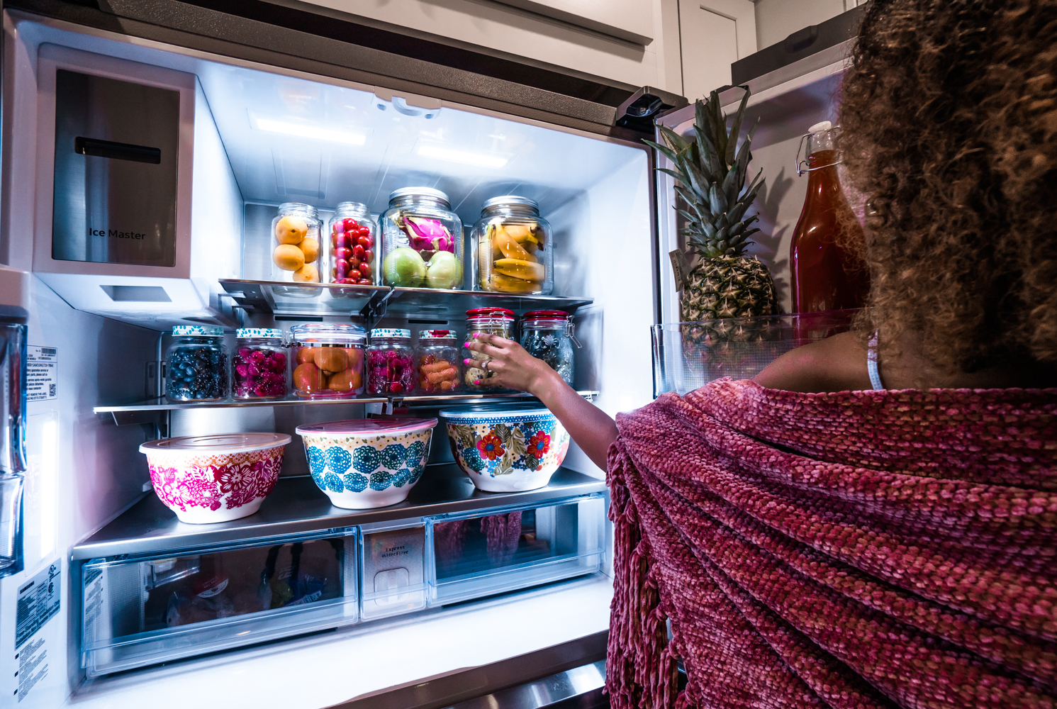 What's in My Smart Fridge? | Samsung Family Hub Review